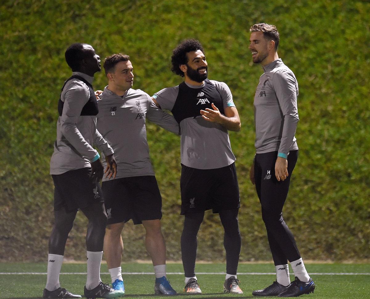 بالصور.. ليفربول يخوض مرانه الأول في قطر
