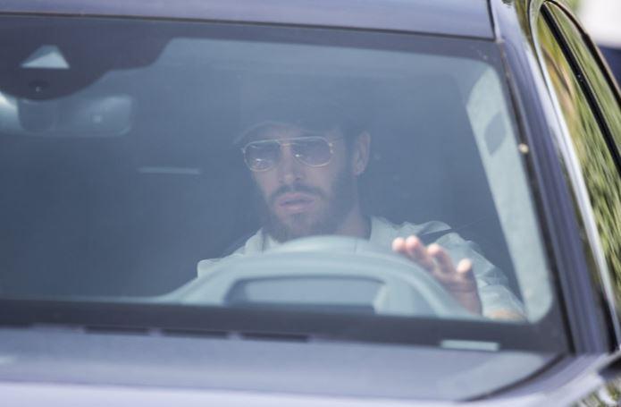 شاهد.. وصول نجوم ريال مدريد لإجراء فحص كورونا